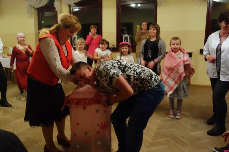 Oglądasz obraz z artykułu: Fotorelacja z zabawy karnawałowej dla dzieci